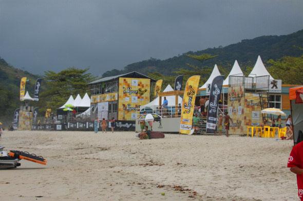 O Circuito Super Surf  durou uma década fazendo grandes eventos para o surf nacional. Foto: Minduim