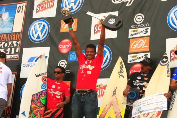 Os campeões do circuito ganhavam um carro de premiação final. Foto: Minduim