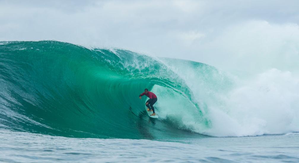 Ryan Hipwood usou seu conhecimento local para vencer o hawaiano Jamie O'Brien. Foto: RED BULL