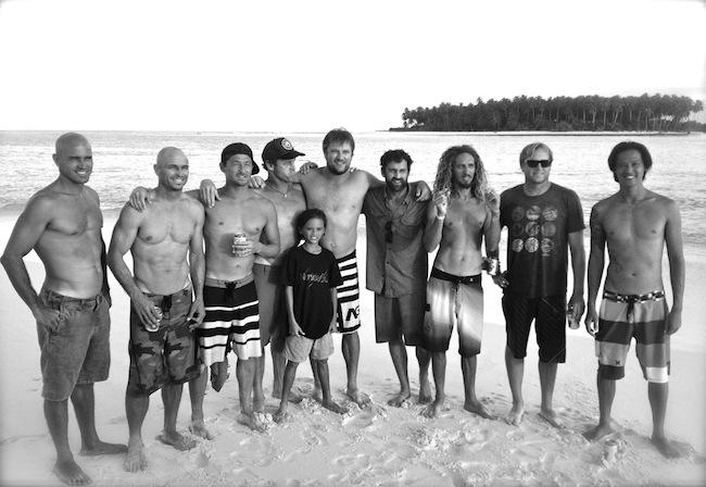 A geração Momentum reunida depois de 20 anos do lançamento do primeiro filme. Fonte: Surfing