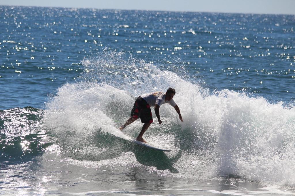 Rocco Maranhão, filho do lendário Maraca, mostrando que tem o DNA do surf no seu sangue. Foto : Chamba Guardado
