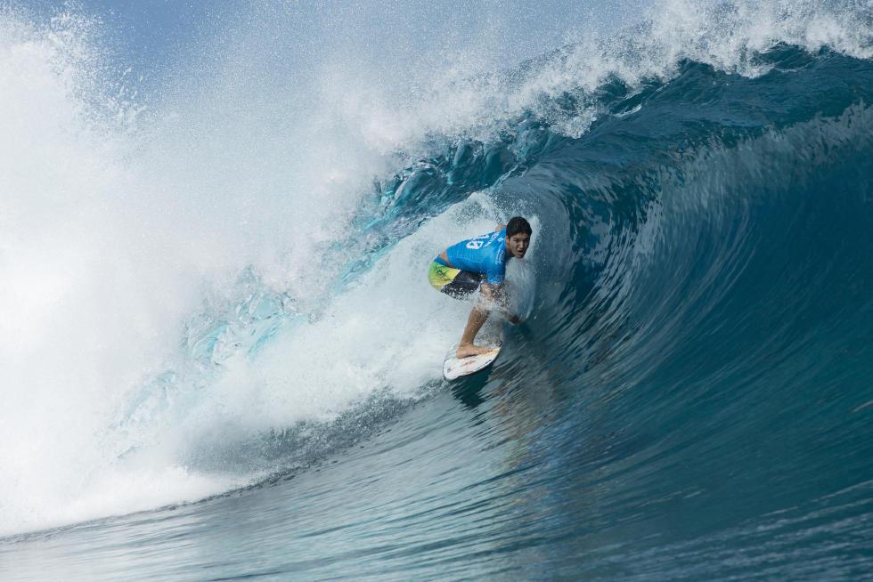 Medina terminou o ano com surf de campeão Foto : WSL / Stephen Robertson